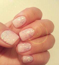 White glitter ombre nail