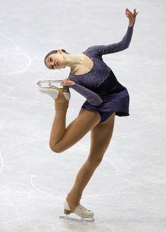2011 World Junior Figure Skating Championships: Day 2