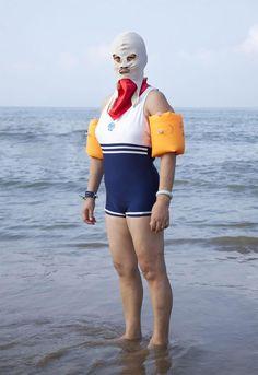 http://www.ufunk.net/photos/chinese-bikini-philipp-engelhorn/