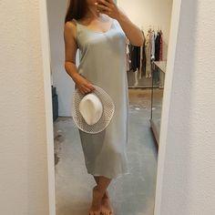 Chique en casual, heerlijk comfortabel door de zachte en luchtige stof. Wij vinden deze jurk een ideaal zomeritem!  YaYa Dress  YaYa Hat   Te verkrijgen bij #Vollers386, #Oudegracht 386 in #Utrecht.  #yaya