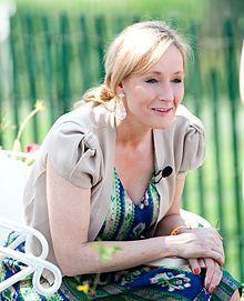Rowlingová čte z knihy Harry Potter a kámen mudrců na Easter Egg Roll v Bílém domě