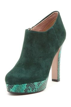 Sesto Meucci Two-Tone Leather Bootie on @HauteLook $105, down from $210. js