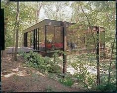 The house from Ferris Bueller for sale. Built in The Ben Rose House — located in Highland Park, Illinois — was designed by architects A. James Speyer and David Haid. Ferris Bueller House, Cameron Homes, Mid-century Modern, Modern Design, Modern Homes, Modern Barn, Modern Glass, Rose House, Casas Containers