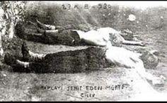 23.12.1930 – #Menemen Yedek Subay Mustafa Fehmi #Kubilay ve bekçiler Hasan ve Şevki'yi şehit eden radikal dincilerin cesetleri sergileniyor.