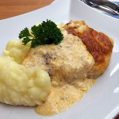 Salty Foods, Breakfast Time, Mashed Potatoes, Paleo, Chicken, Ethnic Recipes, Gourmet, Whipped Potatoes, Smash Potatoes