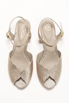 https://www.etsy.com/nz/listing/206085398/wedding-shoe-wedding-sandal-flat-bridal?ref=shop_home_active_1
