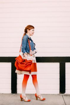 Outfit: Ombre - A Clothes Horse Orange Tights, Colored Tights, Cool Style, My Style, Clothes Horse, Girl Crushes, Passion For Fashion, Hosiery, Dress Skirt