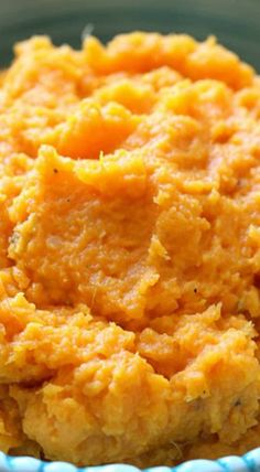 Slow Cooker Garlic Sweet Potato Mash. Yummy! Jislaine Naturkosmetik ♥ to inspire you! #veggielove