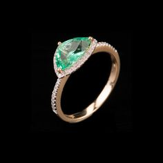 Emerald and White Diamond Ring on auction at #graysonline #ring  #gold #diamond #emerald #diamondsareagirlsbestfriend #jewelry #jewellry #online #bid #auction #$9startprice