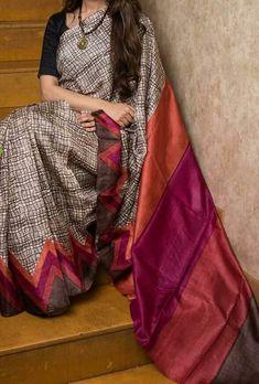 Indian Silk Sarees, Indian Beauty Saree, Tussar Silk Saree, Cotton Saree, Floral Print Sarees, Block Print Saree, Sari Design, Modern Saree, Silk Saree Blouse Designs