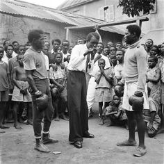 Roy Ankrah and unknown boxer, Ghana, 1952