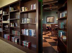 passagens secretas interiores arquitetura livros design (7)