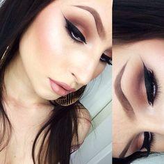 diggin the eye make up, not the eye brows so much though. Gorgeous Makeup, Love Makeup, Makeup Inspo, Makeup Inspiration, Makeup Looks, Makeup Ideas, Cat Makeup, Kiss Makeup, Makeup Eyeshadow
