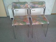 Twee stoelen - Gratis