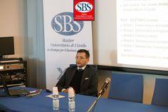 Il dott. Lorenzo Santoni di #Bfutura illustra alla #Xedizione del #mastersbs il progetto di #legaSerieB. #laghirada