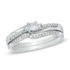 1/3 CT. T.W. Princess-Cut Diamond Three Stone Bridal Set in 10K White Gold - Zales