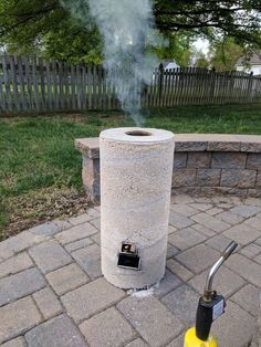 Rocket Stove 6 Steps (with Pictures) Rocket Stove Design, Diy Rocket Stove, Rocket Mass Heater, Rocket Stoves, Survival Shelter, Survival Prepping, Homestead Survival, Emergency Preparedness, Stove Heater