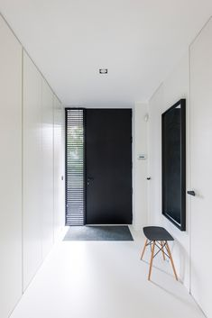 built-in cupboards hall – Large Smurf – # large # hall # built-in # Cabinets # Smurf - Home Page White Hallway, Modern Hallway, Casa Kardashian, Flur Design, Built In Cupboards, Minimal Home, Classic Home Decor, Black Doors, House Entrance