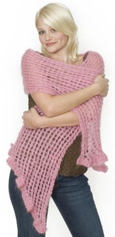 Elegant Neckwarmer (Knit) Her hair, Boucle doreille and Free pattern