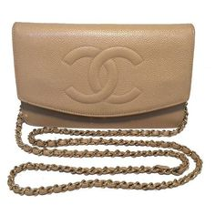 Pre-Owned Chanel Vintage Nude Caviar Leather Wallet on Chain Woc ($2,620) ❤ liked on Polyvore featuring bags, wallets, chanel, neutral, credit card holder wallet, chanel wallet, zip wallet, vintage leather shoulder bag and brown leather wallet