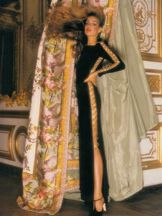 YVES SAINT LAURENT 1975 JERRY HALL photographed by NORMAN PARKINSON at Versailles is wearing an embellished tunic shape with gold lacing. Photo from DUSK till DAWN by Alexandra Black. (minkshmink)