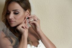 gorgeous wedding eye makeup featured on @destweds