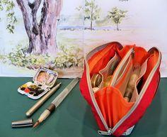 Hudson Valley Sketches (Jamie Williams Grossman) - Nomadic PE-07 Pencil Pouch Review --- Peek inside my sketch kit!