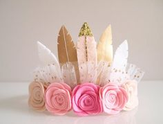 Pink Ombre Rose Feather Crown full size crown/ by kireihandmade Felt Crafts, Diy And Crafts, Crafts For Kids, Pink Birthday, 1st Birthday Parties, Birthday Crowns, Felt Flowers, Flowers In Hair, Feather Crown