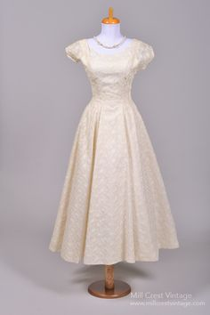 Utterly Gorgeous Vintage Wedding Dresses from Mill Crest Vintage ...