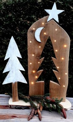 Excellent Free Christmas advent stele wooden board LED tree star moon wood decoration wooden sign gift nature Christmas decoration gift tip rustic Concepts Turning Woodworking From Pastime to Company Woodworking is definitely an art/craft, depending on wh Christmas Gift Decorations, Christmas Ornaments, Holiday Decor, Winter Decorations, Diy Crafts To Do, Wood Crafts, 1st Christmas, Christmas Projects, Wooden Decor