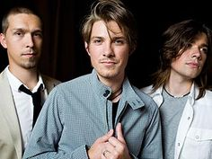 I don't care what anyone says, these guys have true talent! ♥ I love Hanson!