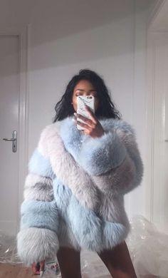 Nyane Lebajoa wears unique looking fur coat!
