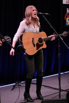The Henningsens at the Bing Lounge 11-12-2012