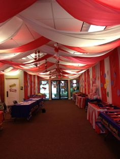 children were welcomed to the Big Top of the Everywhere Fun Fair Opening Day at St. Creepy Carnival, Fall Carnival, Circus Carnival Party, Circus Theme Party, Carnival Birthday Parties, Carnival Themes, Circus Birthday, Birthday Party Themes, Circus Theme Classroom