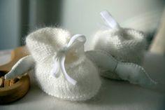 Chaussons bébé angora avec ailes d'ange en lin, idéal cadeau de naissance
