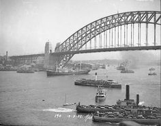 Sydney Harbour Bridge during the opening ceremony 19 March 1932.    🌹