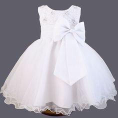 Robe de baptême en voile brodé et noeud en satin Lilou > Babystock