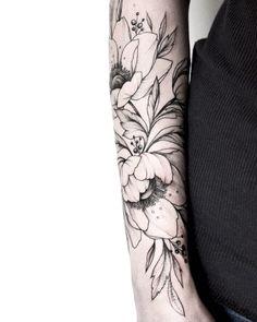 """544 Likes, 6 Comments - Olga Koroleva (@korolevatattoo) on Instagram: """"#тату #татуцветы #татуировка #tattoo #tatrussia #tattoo2me #tattooart #tattoopins #tattoogirls…"""""""