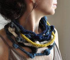 Hebras de fibra arte fibra joyería Freeform por EveldasNeverland