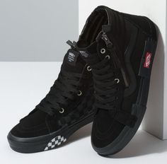 5bc4982ecda1dd Vans Sk8-Hi Reissue Decon Cap Black - Sneaker Bar Detroit