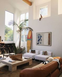Living room remodel ideas - Think of a mood for the design before you need to produce in your home. Interior Design Inspiration, Home Interior Design, Room Inspiration, Living Room Designs, Living Room Decor, Living Spaces, Surf Decor, Living Room Remodel, Great Rooms