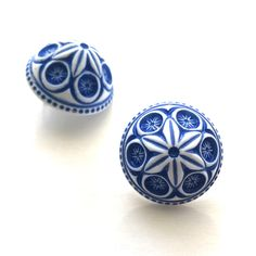 Surgical Steel Earrings, Floral Motif, Vintage Earrings, Deep Blue, Blue And White, Carving, Europe, Stud Earrings, Shapes