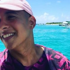 Daddy Yankee, Puerto Rican Singers, Latin Artists, The Big Boss, Latin Music, Facebook Profile, Papi, Puerto Ricans, My Daddy