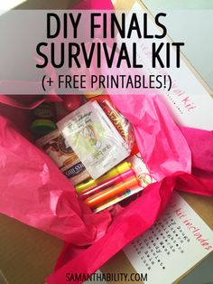 DIY Finals Survival Kit - Get through your college finals with these things. College students need to practice self-care during exam time to promote optimal brain performance! College Hacks, School Hacks, College Life, College Ready, College Supplies, College Packing, Uni Life, College Board, School Supplies