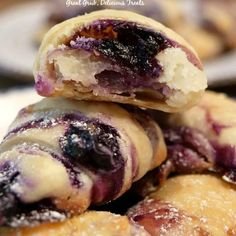 Blueberry Cream Cheese Bites are bite-sized, flaky pie crust filled with a delicious cream cheese mixture and blueberries. Blueberry Cream Cheese Bites are bite-sized, flaky pie crust filled with a delicious cream cheese mixture and blueberries. Blueberry Desserts, Brownie Desserts, Bite Sized Desserts, Cream Cheese Recipes, Cream Cheese Filling, Blueberry Cream Cheese Pie, Blueberry Cheesecake Pie, Blueberry Topping, Cream Cheeses