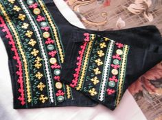 Recently we have started hand embroidery training classes. Hand Work Embroidery, Indian Embroidery, Embroidery Fashion, Hand Embroidery Designs, Embroidery Patterns, Mirror Work Blouse Design, Kutch Work Designs, Kids Blouse Designs, Stitches
