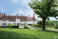 English Manor by architect Edwin Lutyens