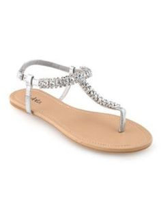 Cute summer sandal with some shorts