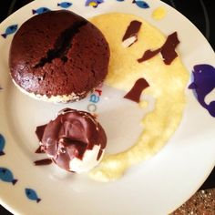 Wonderful chocolate hot cake (flan) with ice cream and vanilla home made cream. Very delicious