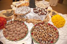 Fall Wedding - Favor idea for guests - assorted fancy cookies for guests to take home.  Our guests loved this, don't forget to provide the boxes.